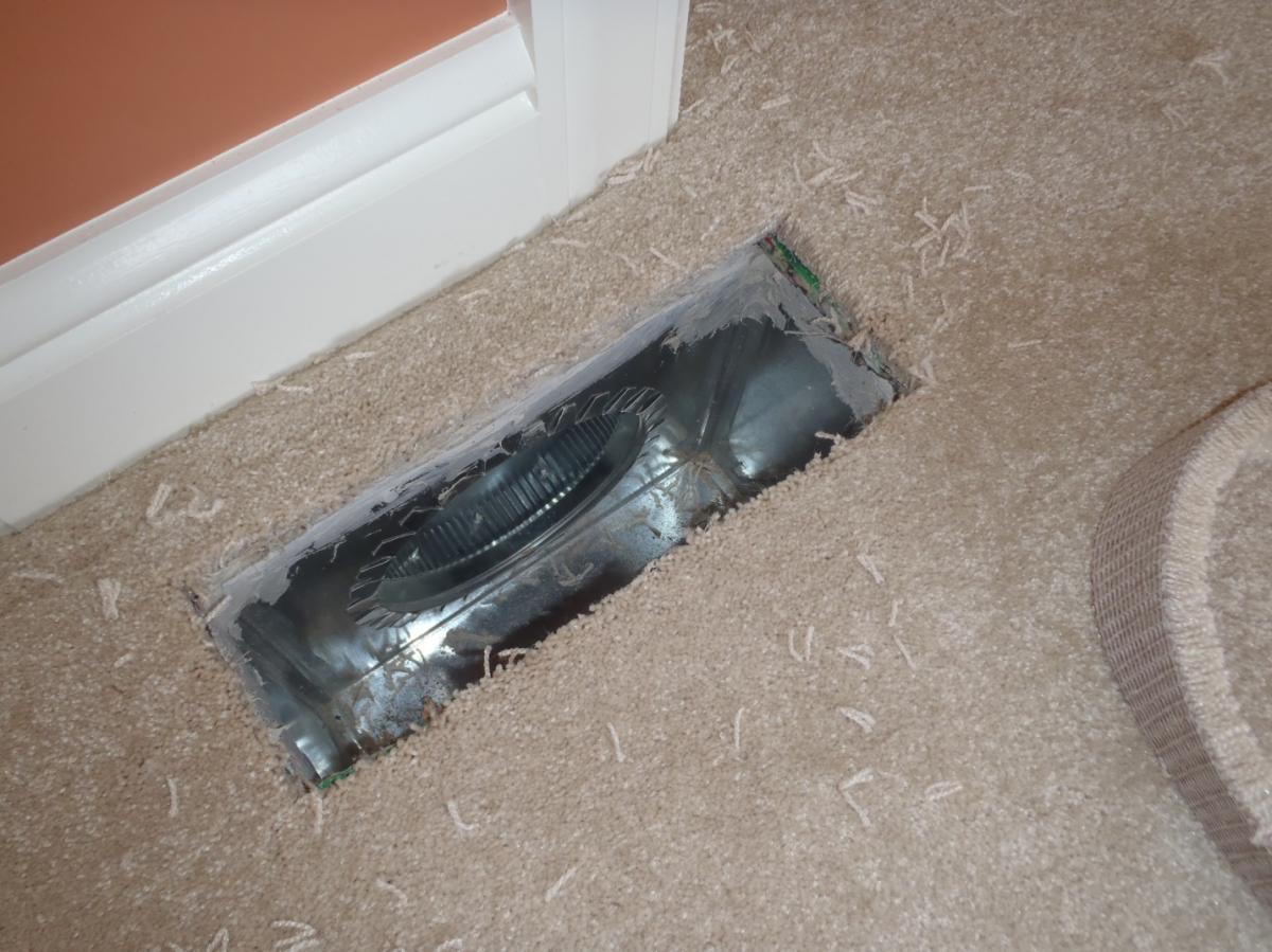 Carpet fibers in ducts