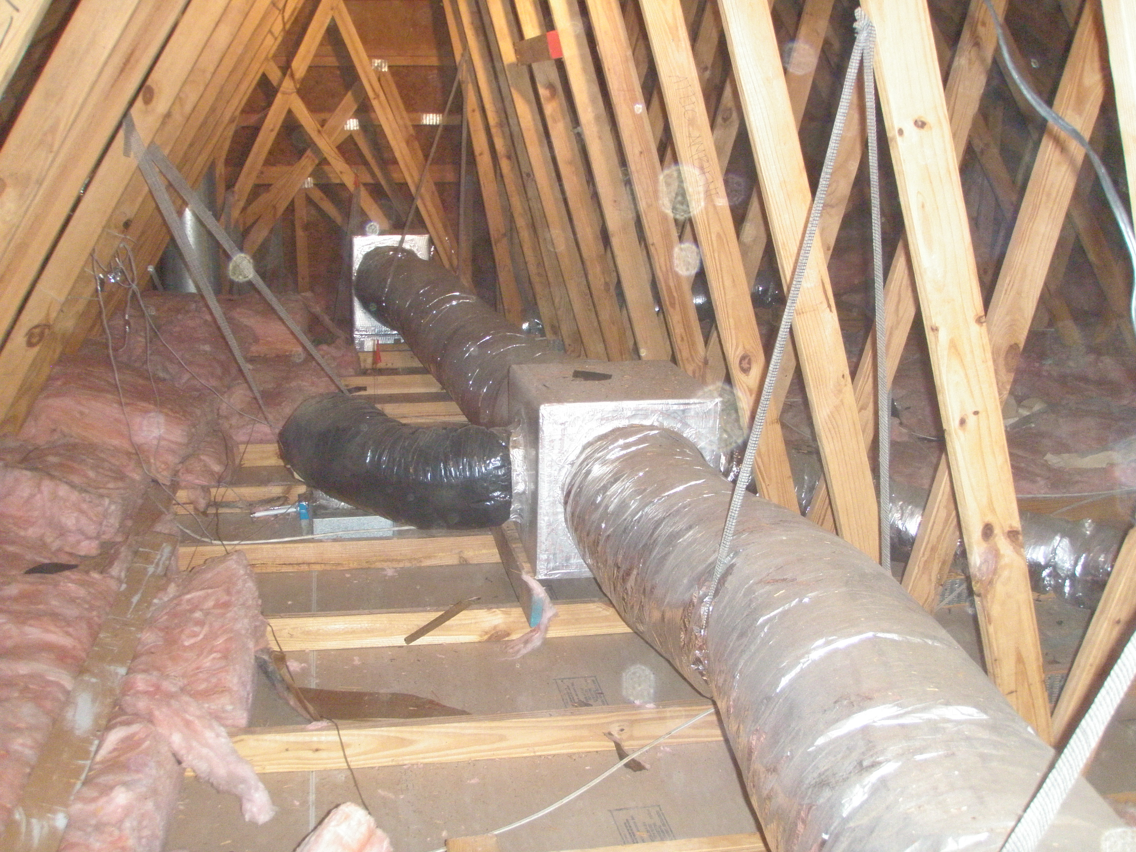 A ducted central return brings air from central return registers back to the air handler through insulated, air-sealed ducts