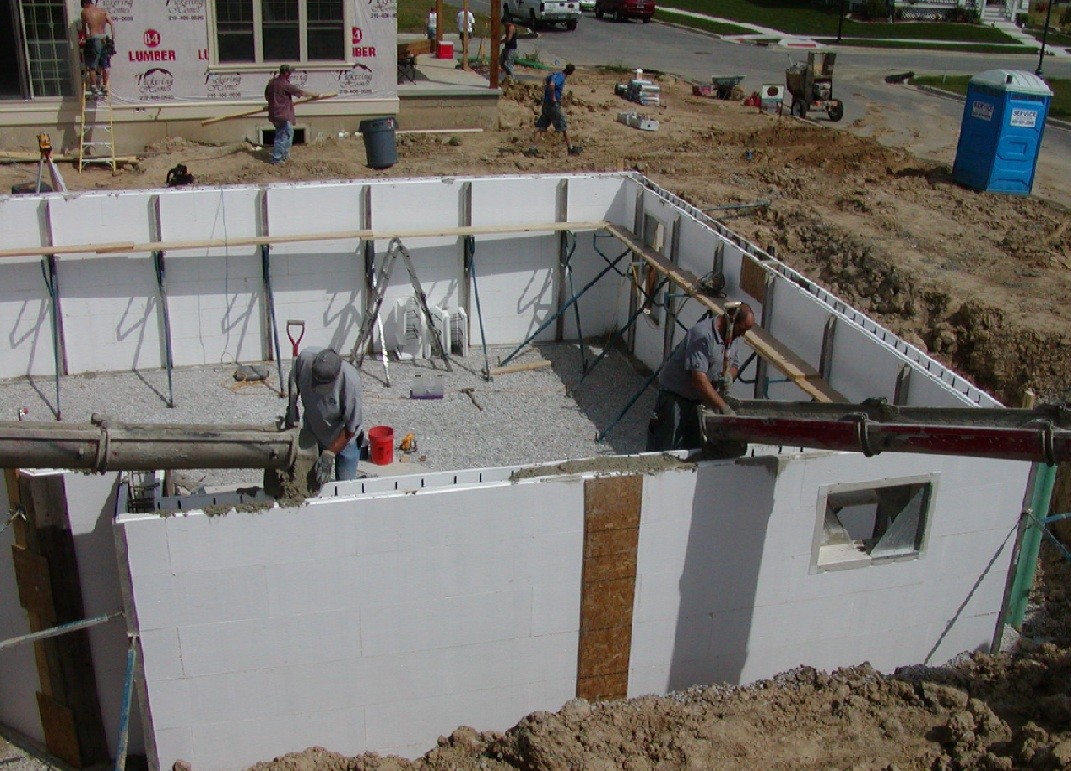 Insulated concrete forms icfs building america for Concrete foam walls