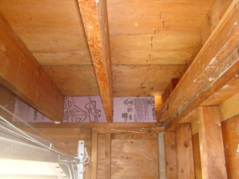 Wrong – Rigid insulation blocking is installed but not air sealed with spray foam around edges
