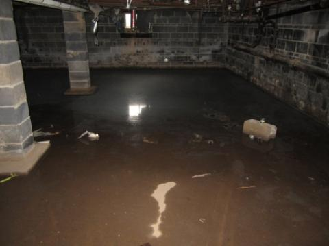 Wrong – This vented crawlspace has standing water because steps were not taken to address site conditions that led to bulk water flow into the crawlspace
